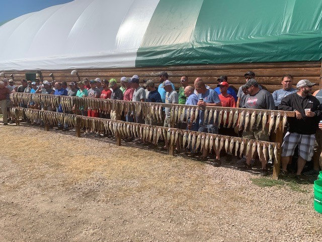 Hutch's Guide Service : Fishing Reports for Lake Oahe and